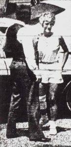 McArthur with wife, Alice, when she returned from the hospital with a bandaged leg after the car bomb.