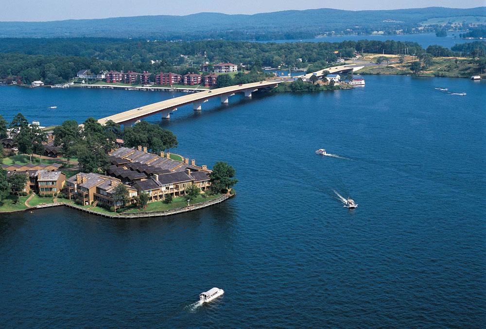 Lake Hamilton,