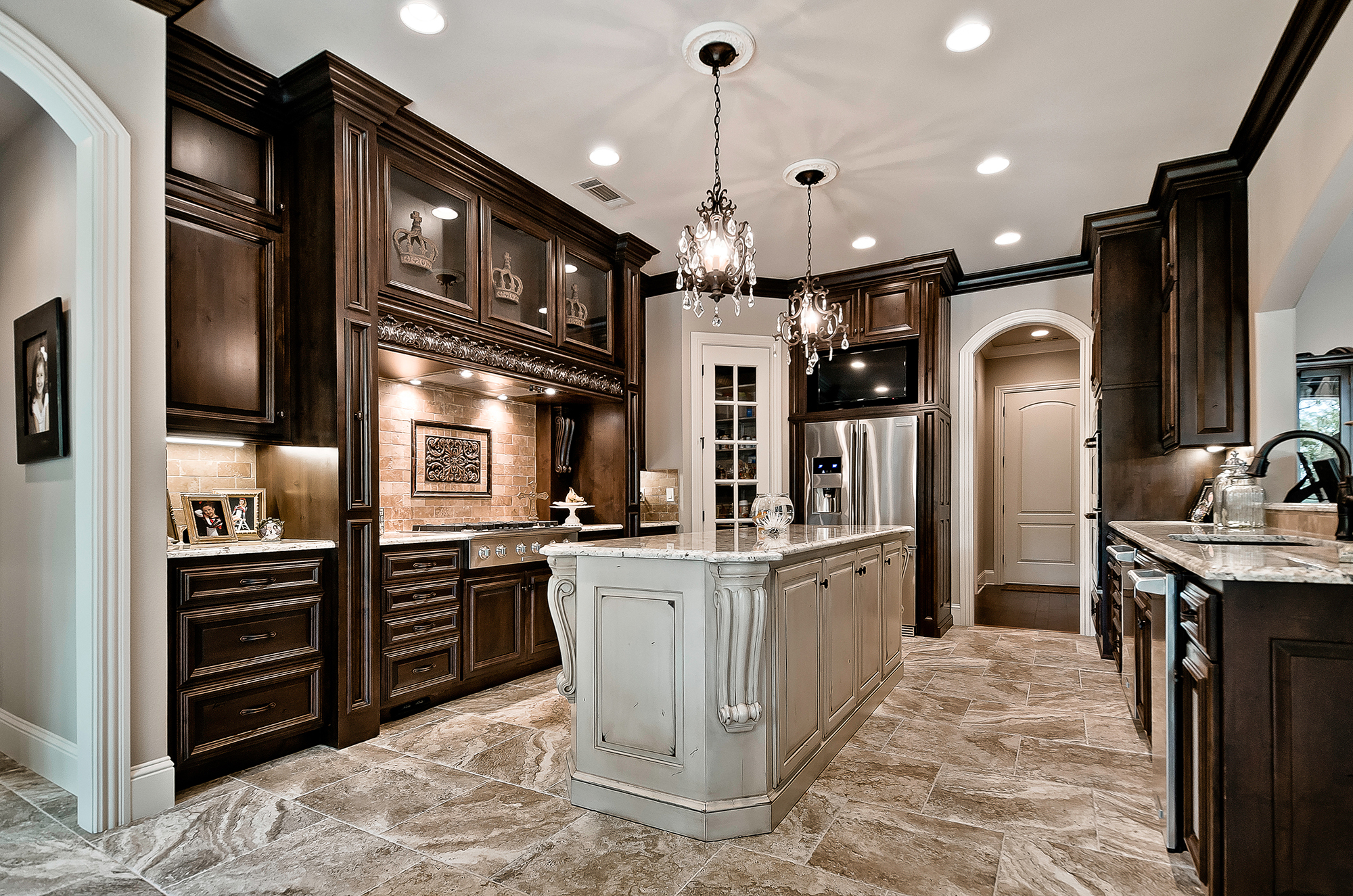 Knotty Alder Cabinets With Walnut Stain Cabinets Matttroy