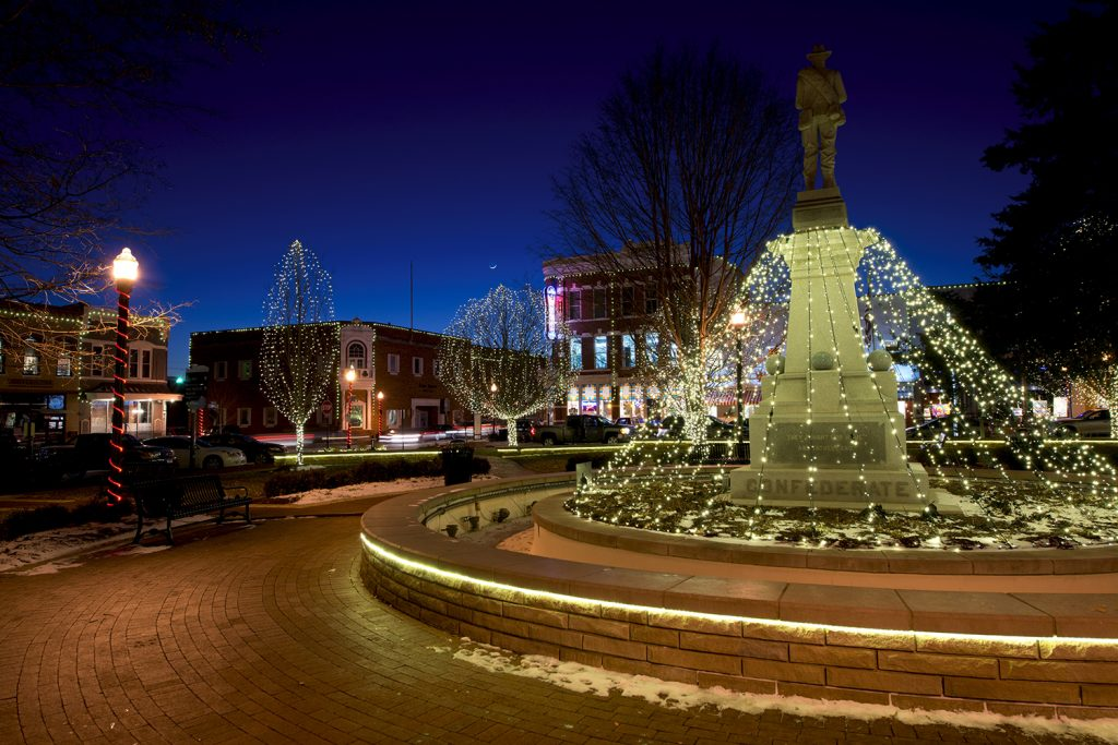 Bentonville's Lighting of the Square