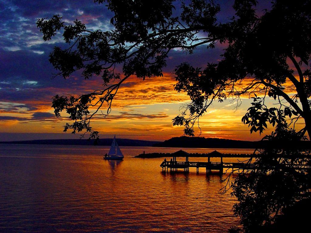 Lake Dardanelle State Park in the Arkansas River Valley