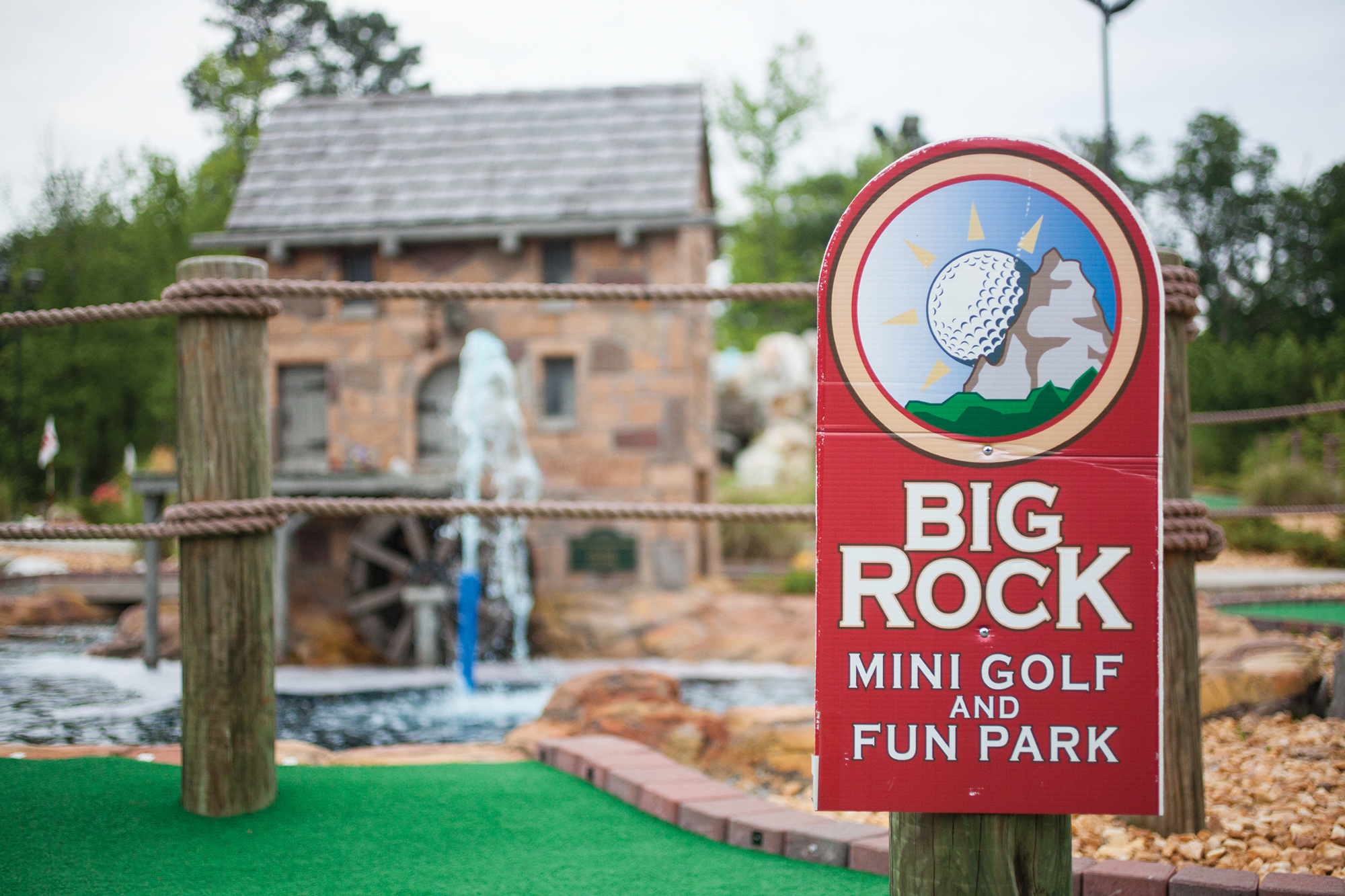 Big Rock Mini Golf and Fun Park