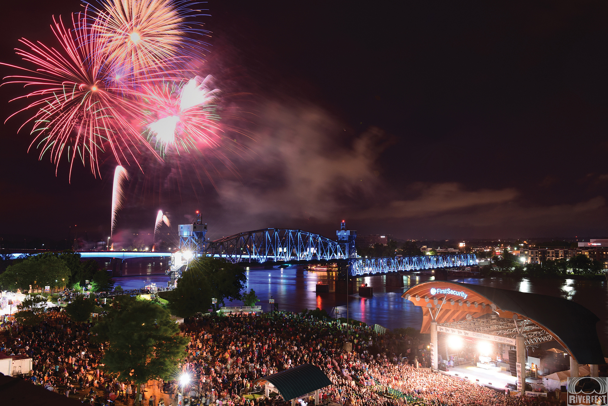Riverfest's finale fireworks display