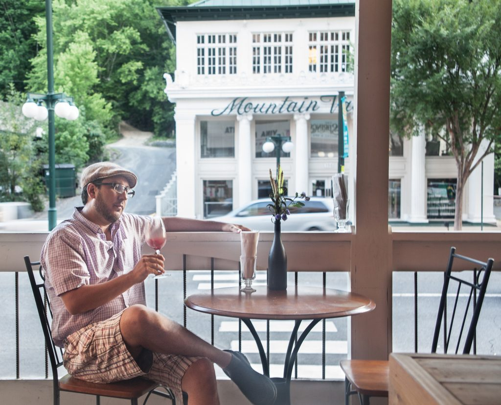 Gonzalez, pictured here, feels the ability to dine outdoors enhances diners' overall dining experience.