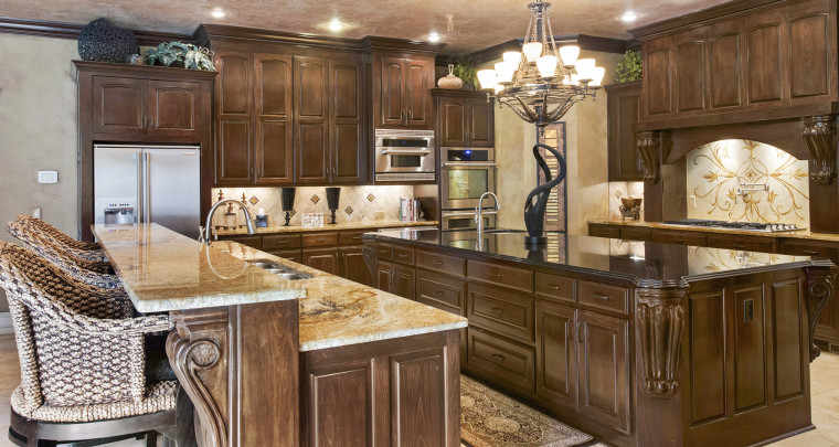 Home: Tale of Two Kitchens