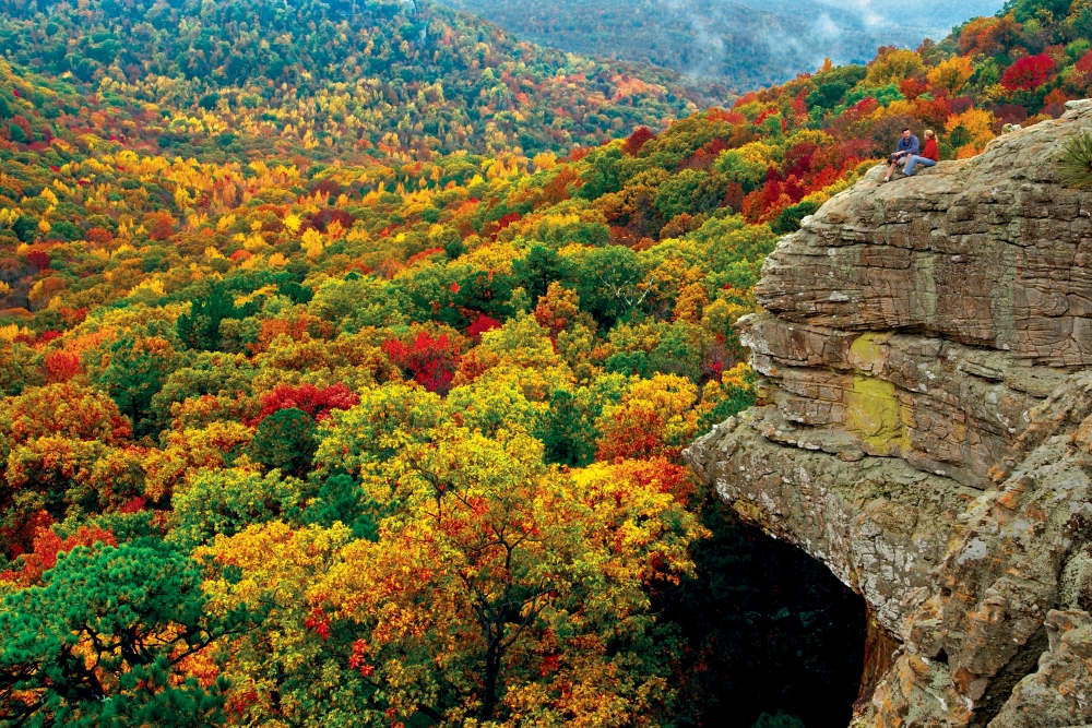 arkansas fall foliage updates   ay magazine 1000 x 667 · jpeg